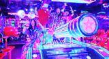 hy4_4yh 『ティッケー大作戦~YAVAY』PV ロケ地:ロボットレストランがヤバイ!