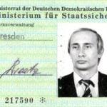 モーリー・ロバートソン プーチン大統領・東ドイツ秘密警察身分証発見を語る