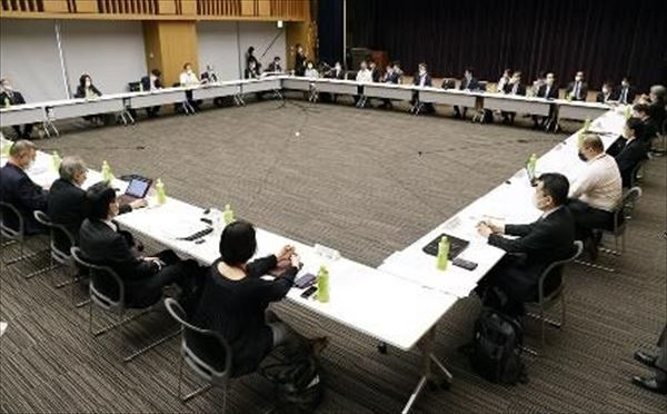 岡部信彦と荻上チキ 新型コロナ専門家会議・議事録未作成を語る